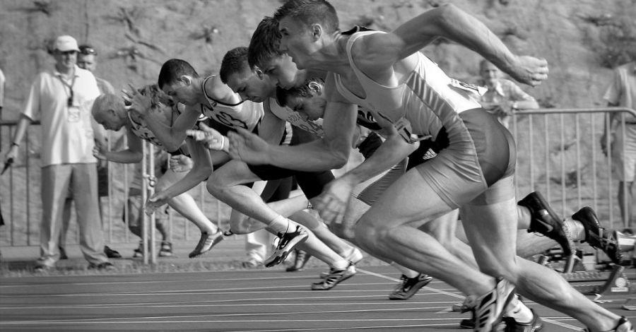 hiit,exercício intervalado de alta intensidade,emagrecer,saúde,músculos,esteira,treino