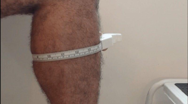 tirar medida fita métrica do panturrilha