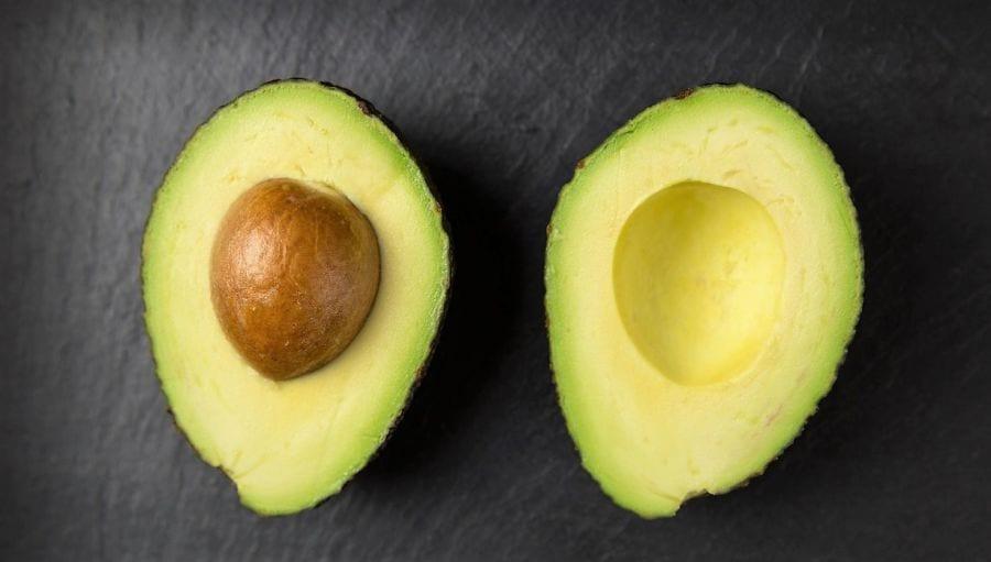 abacate é um bom exemplo de fruta low-carb