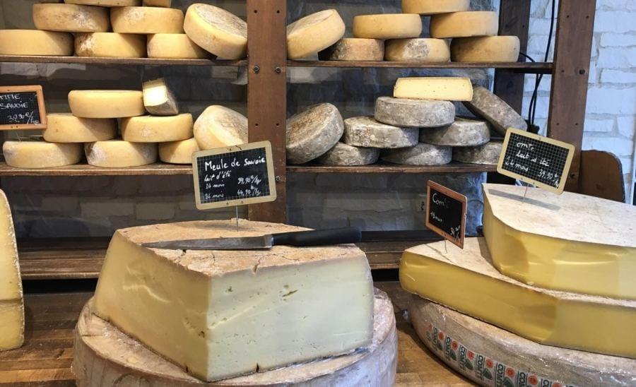 muito queijo: : erros na dieta vegetariana e vegana