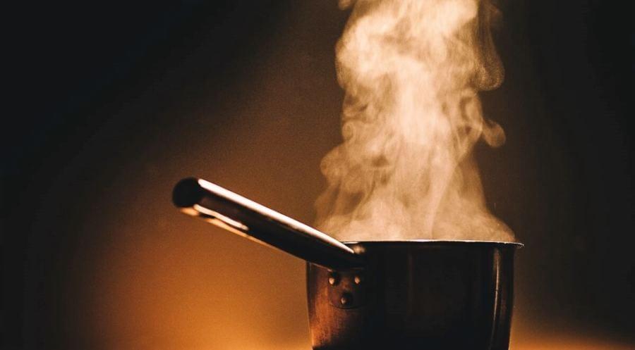 O Azeite Tem Um Ponto De Fumaça Moderadamente Alto