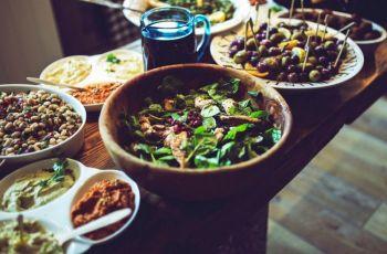 "Lista De Alimentos Low-Carb A Consumir, Moderar E Evitar  —  E Por Que Fugir De Listas De ""Proibidos"""