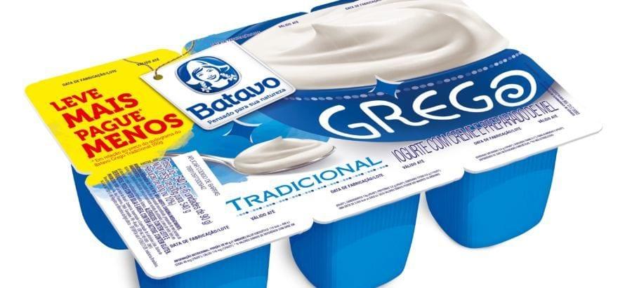 os iogurtes do tipo grego vendidos no Brasil geralmente estão cheios de açúcar - cuidado!